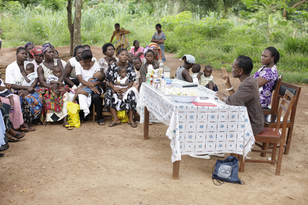 Akosua speaking to malnourished children's centre